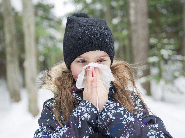 Насморк у ребенка при простуде