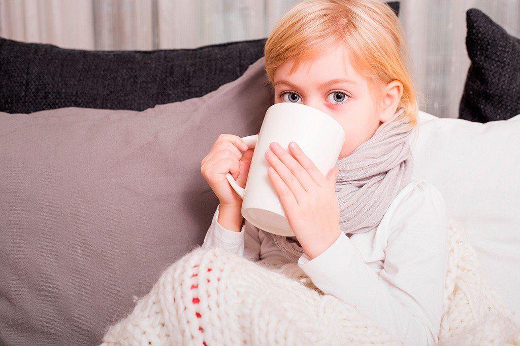 Что полезно пить ребенку при простуде
